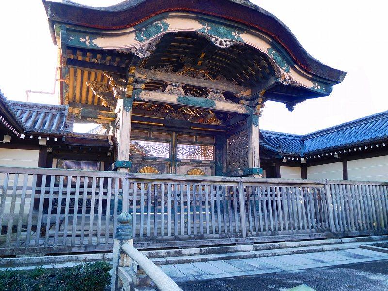 参詣客が絶えない「東本願寺」20161203_e0237645_14391191.jpg