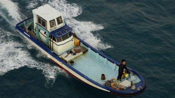 漁船_e0166355_7415924.jpg