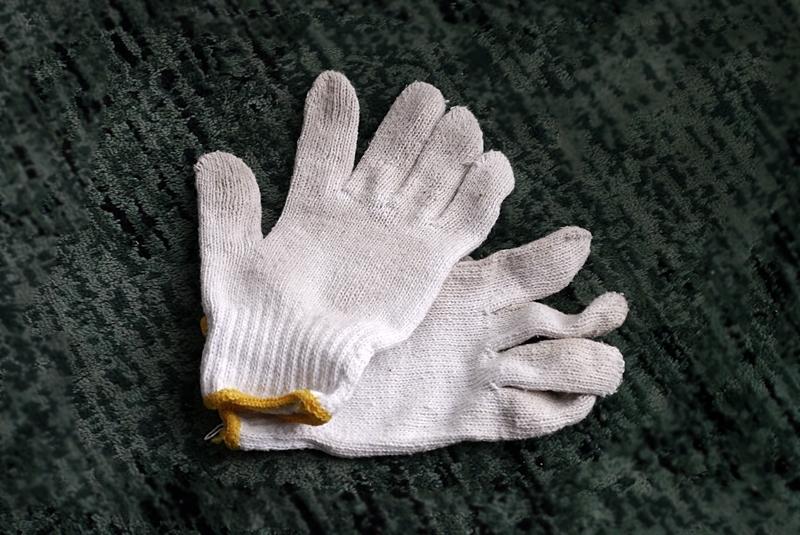 綿軍手、働く人の「手」を守るもの。_b0018682_11192916.jpg