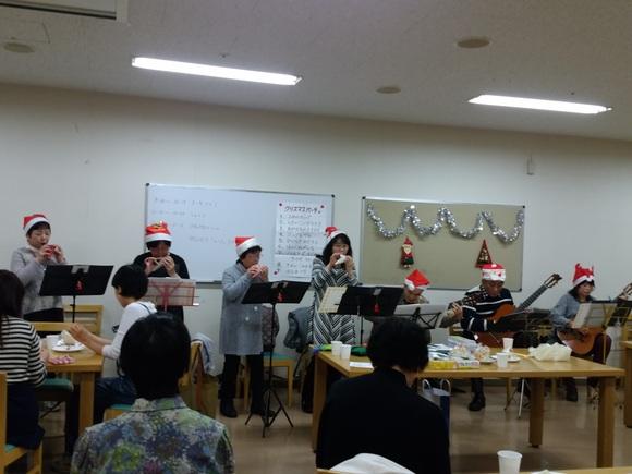 火曜日朝教室 クリスマスパーティ_e0175020_11383315.jpg