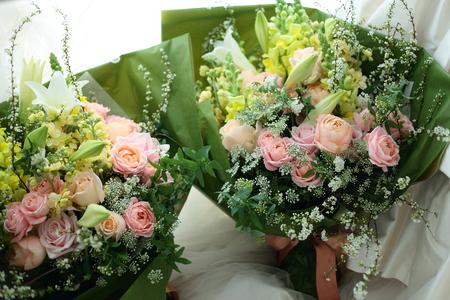 ご両親への贈呈花、花束の価格の目安について_a0042928_1914324.jpg
