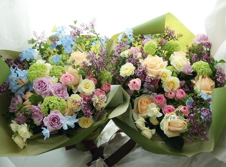 ご両親への贈呈花、花束の価格の目安について_a0042928_1973255.jpg