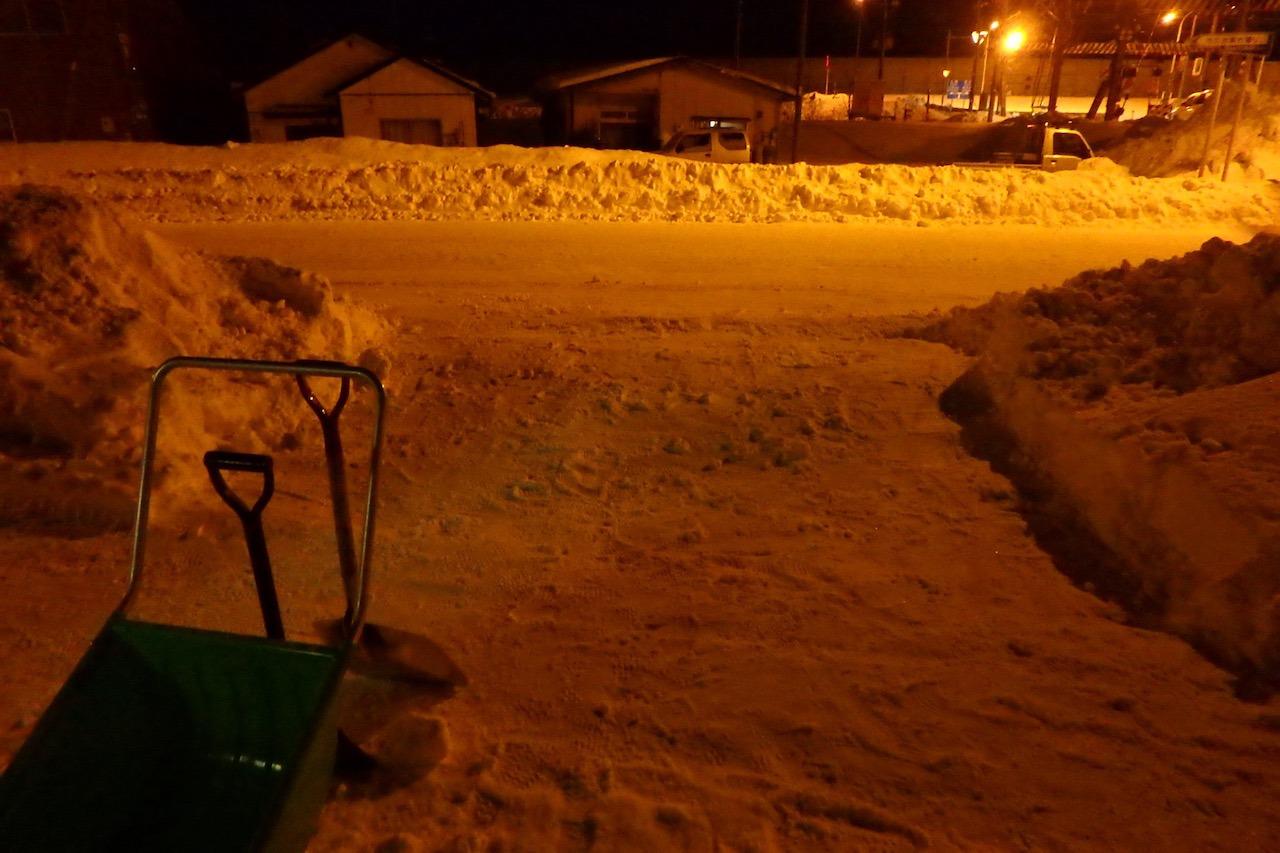 僕たちの雪かき戦争2016_e0159646_2574164.jpg