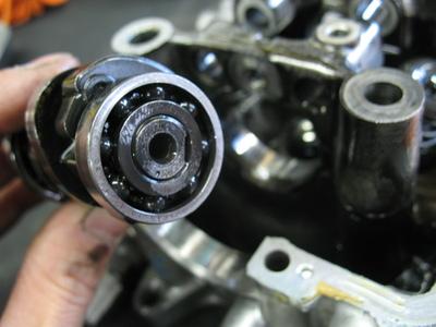PCX エンジン_e0114857_18471962.jpg