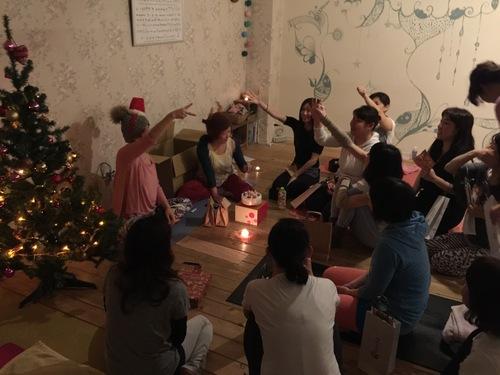 クリスマスヨガ_e0158970_10251988.jpg