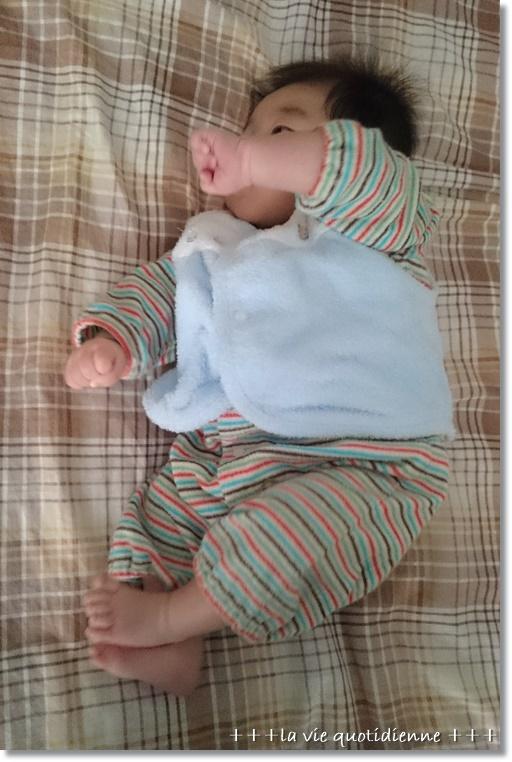 生後3ヶ月☆エルゴのインナーと首が座ってきました♪_a0348473_08542420.jpg