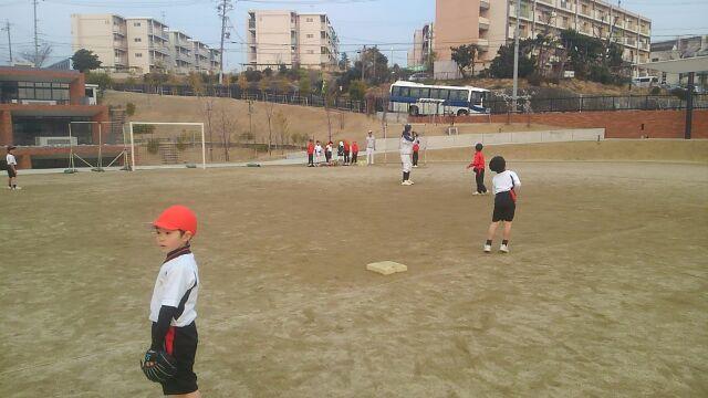 野球スクール_a0105698_2273732.jpg
