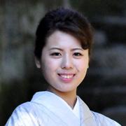 2016大島紬クイーン友原千波より皆様へメッセージ _c0315907_13505880.jpg