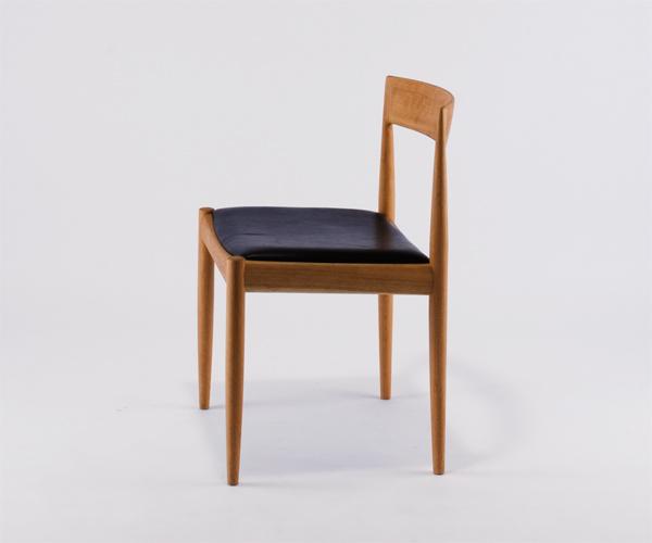 カイ・クリスチャンセンの椅子 4110_b0074416_18120713.jpg