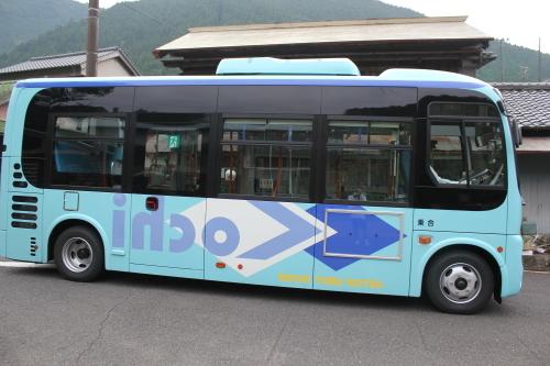 年末年始の公共交通機関_e0101917_17475827.jpg