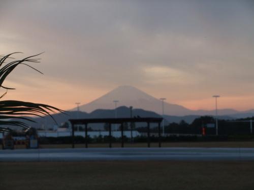 富士山の、朝、昼、夕暮れ_b0137932_14042619.jpg