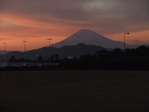 富士山の、朝、昼、夕暮れ_b0137932_14073247.jpg
