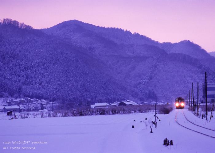 雪の朝に_d0309612_00413599.jpg