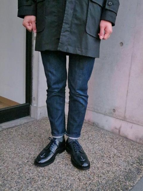 マニアな方へ。。。Gloverall ・・・ OILED CLOTH DUFFLE COAT JACKET!★!_d0152280_19112510.jpg