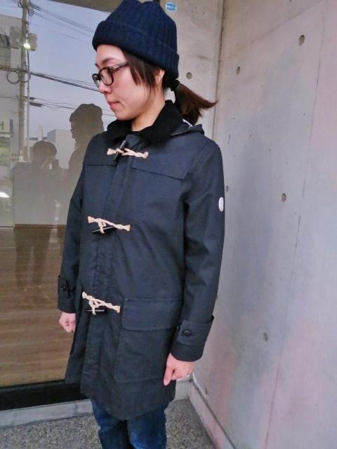 マニアな方へ。。。Gloverall ・・・ OILED CLOTH DUFFLE COAT JACKET!★!_d0152280_19113094.jpg