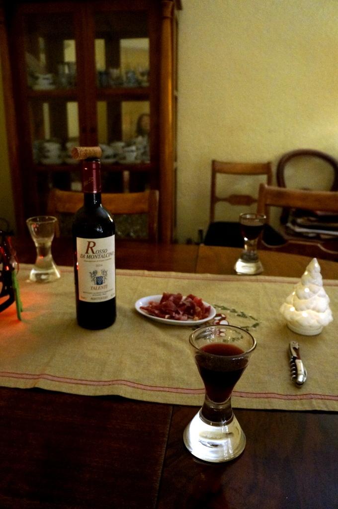 Rosso di Montalcinoと白トリュフ_c0180686_17535115.jpg