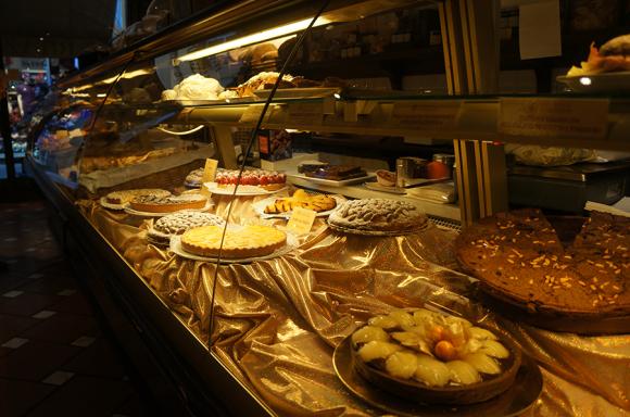 フィレンツェでサッと食べるのに便利なお食事処_f0106597_01080769.jpg