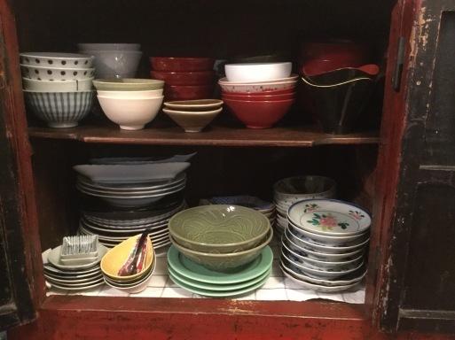 年末の大掃除②…食器棚の整理_b0210699_03310316.jpeg