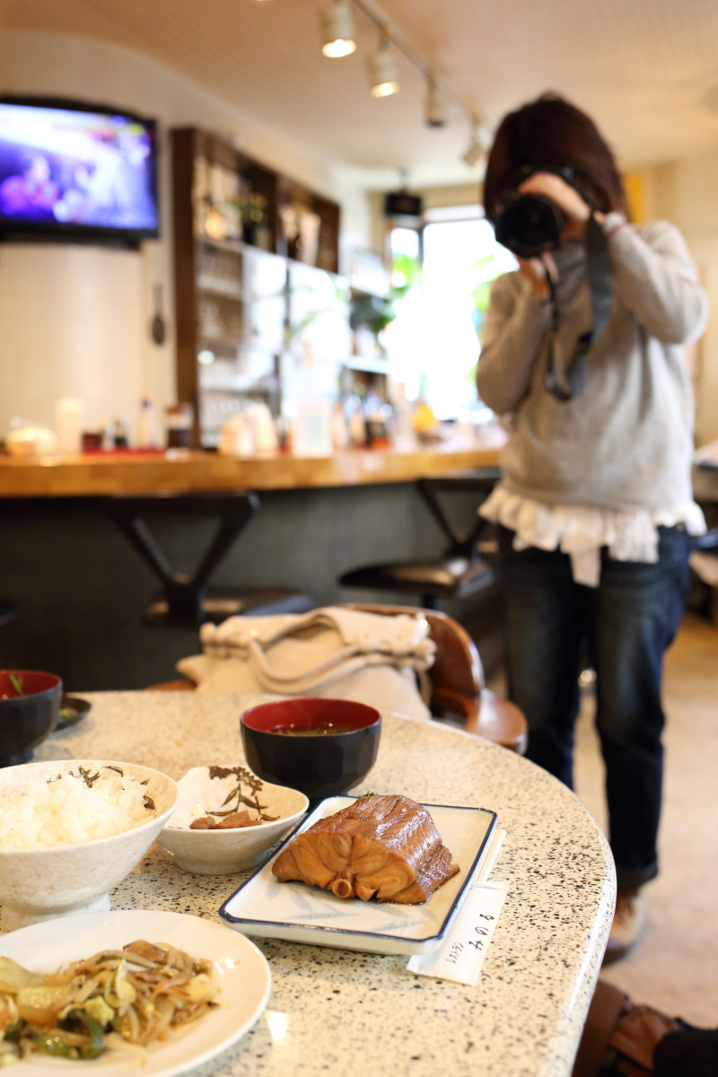 千駄ケ谷  カメラおやじ、戦前のタバコ屋に涙する_b0061717_20161649.jpg