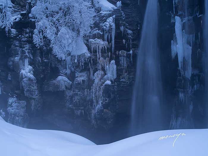 冬の滝_c0085877_0505260.jpg