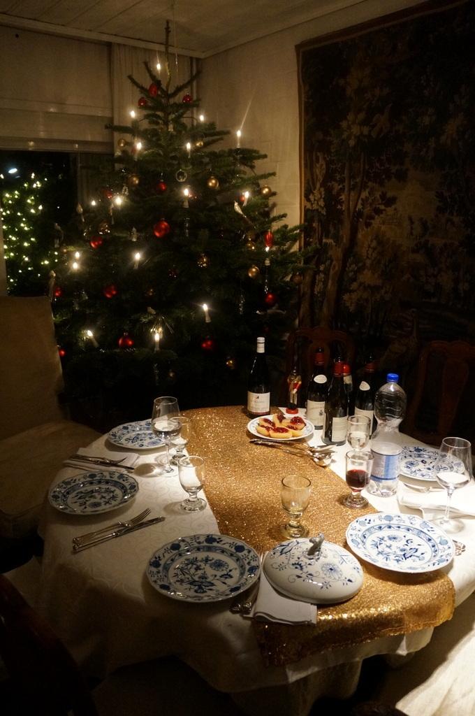 クリスマスイヴ、Witt邸にて_c0180686_22485108.jpg