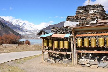 大晦日になりました・・・チベットの旅 そのⅠ_a0075589_2163738.jpg