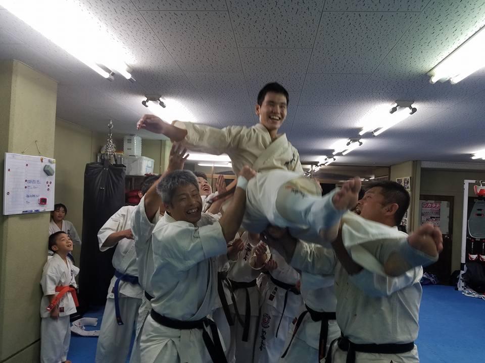 三上和久君「新極真会三好道場初段に合格!」よく頑張ってくれました。_c0186691_16334851.jpg