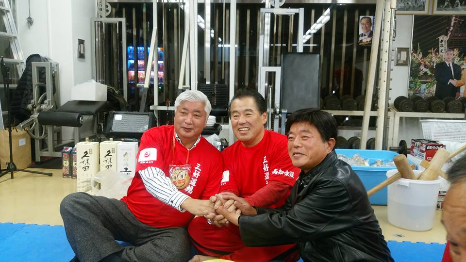 中谷元会長(衆議院議員 前防衛大臣)を迎えて、第82回鳥の水炊き会盛大に開催!_c0186691_17225613.jpg