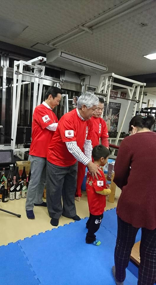 中谷元会長(衆議院議員 前防衛大臣)を迎えて、第82回鳥の水炊き会盛大に開催!_c0186691_17285223.jpg