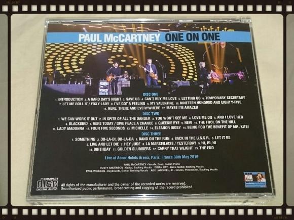PAUL McCARTENY / ONE ON ONE IN PARIS_b0042308_00390005.jpg