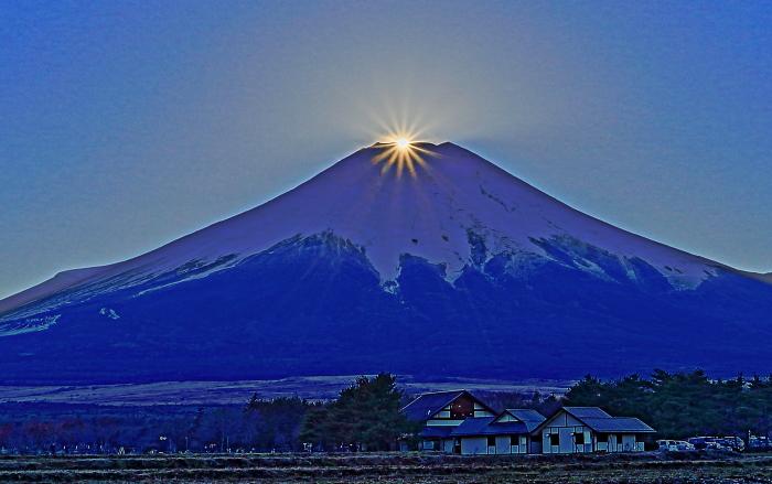 2017年01月01日ダイヤモンド富士を15時33分頃花の都公園で撮影_a0150260_18115758.jpg