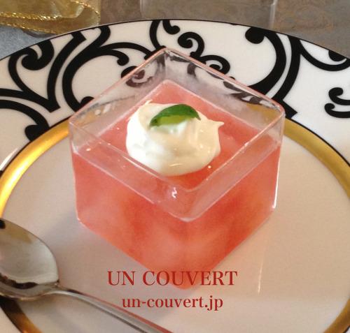 リンゴのゼリー プレゼント風(料理・お弁当部門)_f0357387_14394779.jpg