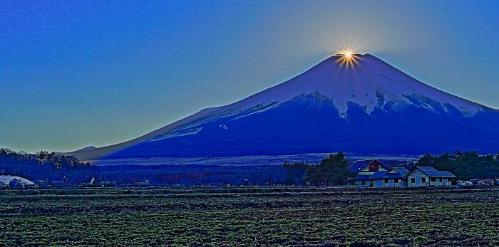2017年01月01日ダイヤモンド富士を15時33分頃花の都公園で撮影_a0150260_19202743.jpg