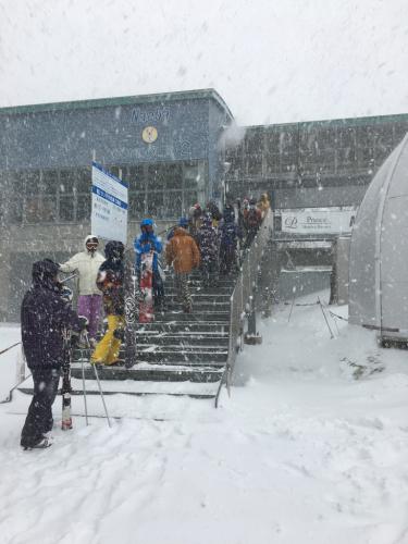 大雪! 苗場スキー場⭐️_c0151965_00341096.jpg