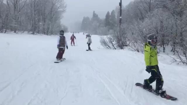 大雪! 苗場スキー場⭐️_c0151965_00341319.jpg
