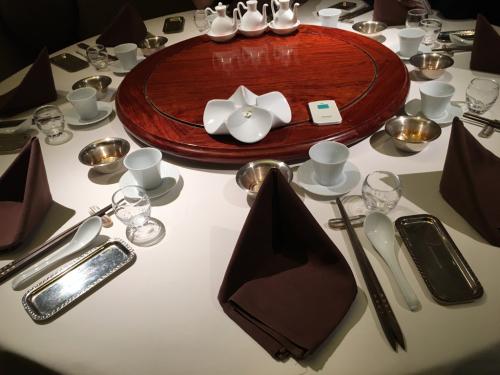 中国飯店 倶楽湾 ⭐️ 上海蟹_c0151965_00393501.jpg