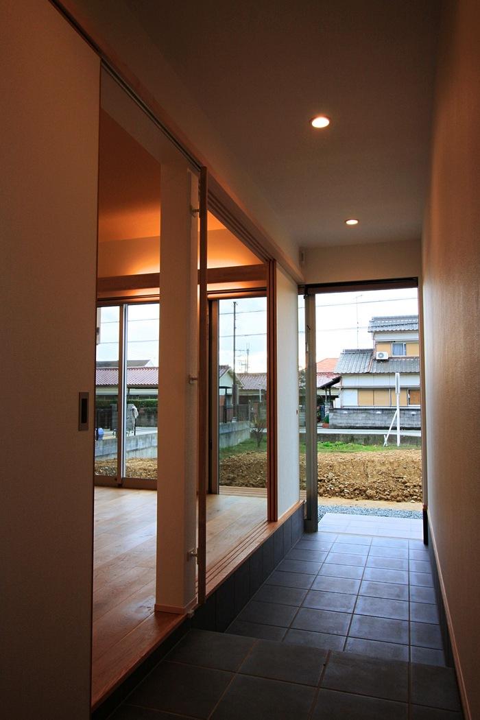 「明石の家」玄関_f0230666_14325536.jpg