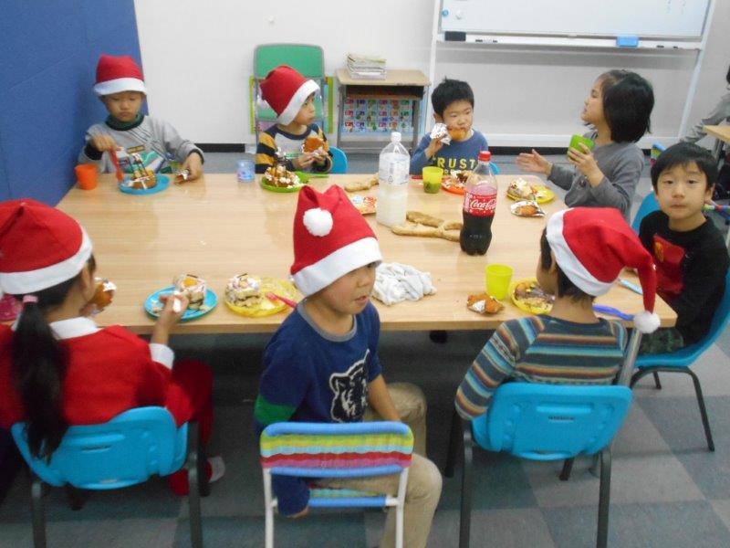 12月22日 Chiritmas party _c0315908_14044447.jpg