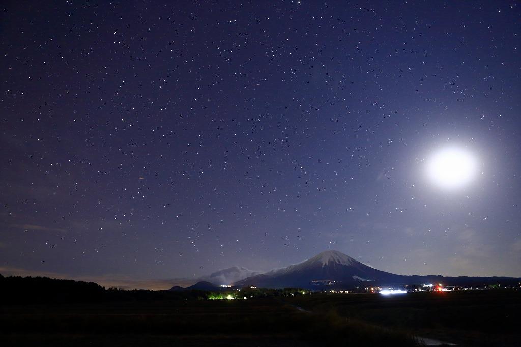 月夜の大山_a0294534_19421124.jpg