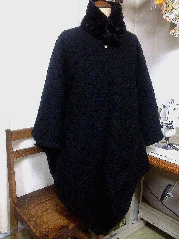 ☆黒のツイードでポンチョコート☆_c0092953_1623886.jpg