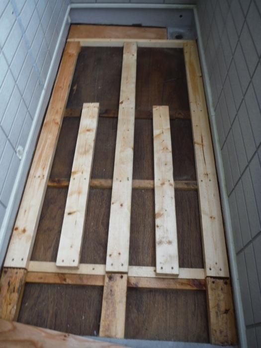 塗り替えとバルコニー補修 ~ 雨漏り確認と対応。_d0165368_07350814.jpg