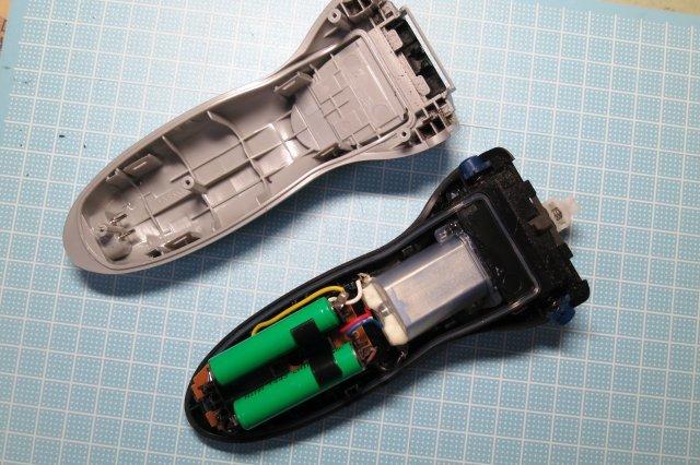 【DIY】IZUMIのひげそりの電池を交換してみた。_a0023397_21311671.jpg