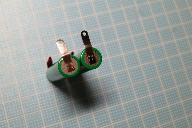 【DIY】IZUMIのひげそりの電池を交換してみた。_a0023397_21321108.jpg
