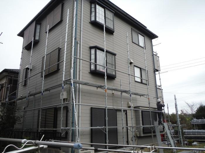塗り替えとバルコニー補修 ~壁中の雨漏り状況。_d0165368_05240625.jpg