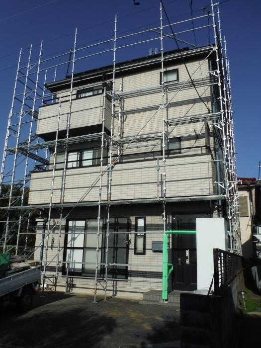 塗り替えとバルコニー補修 ~壁中の雨漏り状況。_d0165368_05242352.jpg