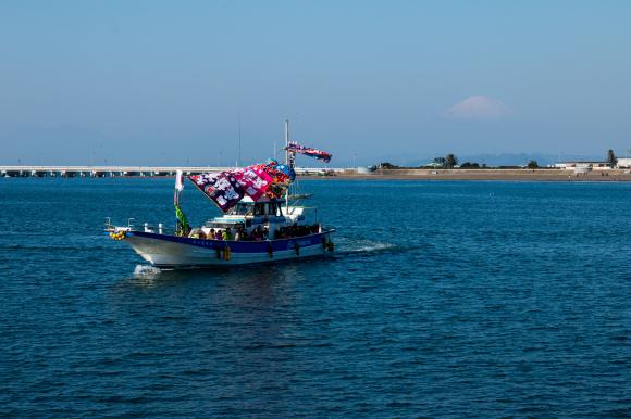 湘南の船祝い 腰越漁港_f0217933_18342909.jpg