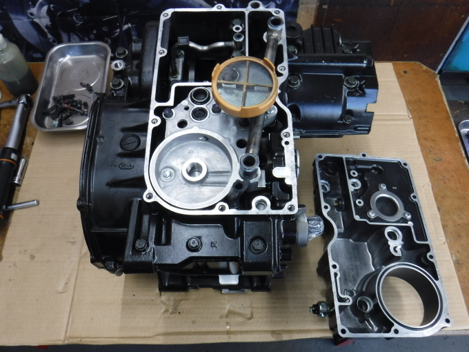 kawasaki ZL900 エンジンオーバーホールでござる。その10_a0163159_21430719.jpg