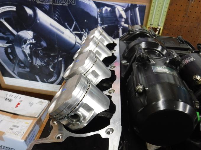 kawasaki ZL900 エンジンオーバーホールでござる。その10_a0163159_21571680.jpg