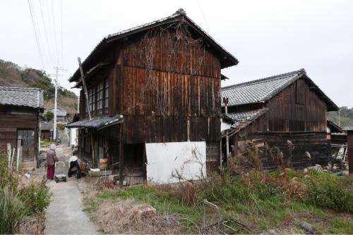 海界の村を歩く 瀬戸内海 安居島(愛媛県)_d0147406_08431548.jpg