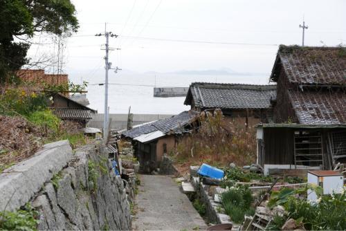 海界の村を歩く 瀬戸内海 安居島(愛媛県)_d0147406_15062883.jpg